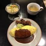 月曜日限定!名物ボリュームオムライス|人気洋食店『ぱ・らんて』【西大路ランチ】