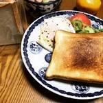 【京都パンめぐり】京大スグの創業90年の老舗ベーカリー!要予約もっちり食パンは必食☆「ベーカリー白川」