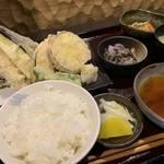 京都 烏丸御池近くで美味しい和食ランチが800円から「紫洸 (シコウ)」