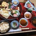 京の和食を禅寺の側で静かに楽しむ「京料理 花ごころ」