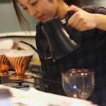 """安定の""""イカリヤ式""""コーヒースタンド「IKARIYA COFFEE KYOTO」もうすぐ1周年【四条河原町エリア】l"""
