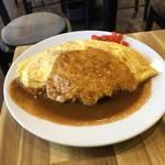 オムライスは圧巻の美味しさ、昭和の洋食カムバック「昭和の洋食 弥生」【四条大宮】