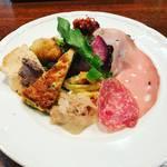 【京都ランチめぐり】二条駅前の好立地イタリアン!バラエティ豊かな前菜付パスタは高コスパ◎「タヴェルナ・イルヴィアーレ」