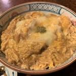 京都1との呼び声も!祇園にたたずむ老舗蕎麦店の絶品親子丼「権兵衛」