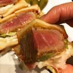 【京都ランチめぐり】肉を食べるなら塊!口いっぱい頬張る絶品ビフカツサンド☆牛肉料理店「はふう聖護院店」