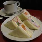 【京都カフェ】昭和の香り漂う歴史のあるカフェ 『喫茶 静香』【千本今出川】