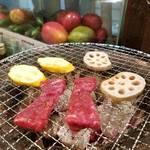 炭火で美味しい魚介と肉を「魚とホルモン 七輪亭」【宇治】
