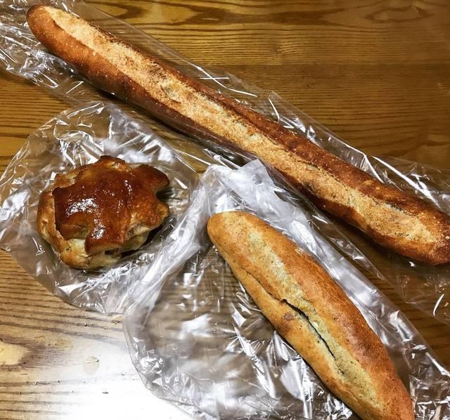 【京都パンめぐり】国産小麦粉使用!天然酵母と亀岡の名水育む安心安全焼きたてパン☆「グリム」