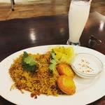 【京都ランチめぐり】夏こそ本場インド・ネパール料理の人気ビリヤニ!ちゃぶ台ある和み空間☆「マユール京都」
