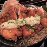わらじサイズのチキンカツ定食が850円!烏丸御池の人気ランチ処「みまでり」