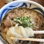 【京都ランチめぐり】真夏に食欲そそるコスパよし冷かけ肉うどんセット☆自家製さぬき人気店「うどん讃式(さんしき)」