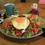 【京都カフェ】合言葉は「#パンダ貸します」!?絶品のお野菜たっぷりタコライスとコーヒー♪そしてパンダも楽しめるカフェ「ミックスパンダコーヒー」【丸太町】
