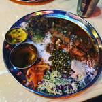 【京都ランチめぐり】味の重層インドカレーはスパイスの宝石箱や~!まったり和むサイケ感☆「ムジャラ」