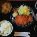 【京都ランチ】西陣の町に佇む町家でランチ♪油屋さんが営むとんかつ&カフェ「綾綺殿」(りょうきでん)【西陣ランチ】