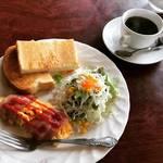 【京都モーニングめぐり】地元民御用達の破格580円朝食!コーヒーは安定のワールドコーヒー☆「コロラド」