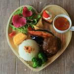 【京都ランチ】アクセス良好!お野菜たっぷり 可愛いハートのプレートランチが人気♪「TABIYA CAFE&DINNING」【河原町カフェ】