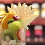 やっぱり果物が美味しい!盛り盛りフルーツパフェ厳選5店【まとめ】