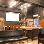 【新店】1時間330円で持ち込み自由のシェアオフィス&カフェオープン!稀少な東映撮影所のレトロ機材も必見!