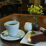 【京都カフェ】ひだまりの中でゆっくり過ごせるアットホームなカフェ『Cafe tabi tabi』【大山崎カフェ】