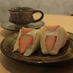 【京都カフェ】愛知発!フルーツサンドが人気♪「ダイワ京都本店」【高台寺】