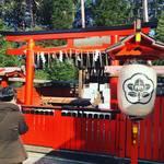 【京都神社めぐり】スイーツ好き必訪!節分祭でおなじみ吉田神社境内のお菓子の神様☆「菓祖神社」