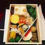 【京都お弁当めぐり】南座歌舞伎のお供『幕間弁当』ならココ!祇園の老舗仕出し☆京料理「菱岩」