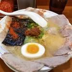 京都下鴨で濃厚な博多とんこつラーメン「九州ラーメン 博多っ子」
