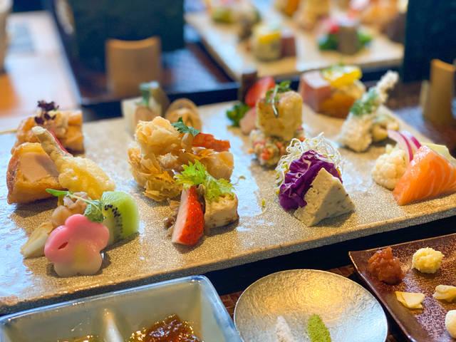 【京都ランチ】見て美しく、食べて美味しい♥あなただけのオリジナル手織り寿司を楽しんで♩『AWOMB西木屋町』