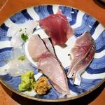 ミシュラン掲載の隠れ家的 京都居酒屋「お酒と食事 うり」