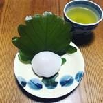 【京都発酵めぐり】端午の節句の代表的和菓子『柏餅』に珍しい白味噌餡!京菓子の老舗☆「仙太郎」