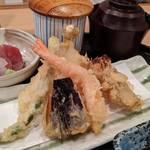 【室町高辻】地元民に愛される「旬菜天ぷら 有馬」で大満足ランチ!