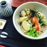 【京都ランチめぐり】庶民派食堂風だが本格手打ち蕎麦絶品!地元客にぎわう名店「京味菜わたつね」