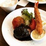 【京都ランチめぐり】好立地!市役所前の大人気洋食☆名物『大人のチキンライス』は必食「サラオ」