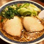 京風中華パイオニア直系の味!侮れない美味しさのラーメン必食「広東料理 飛雲」