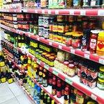 【京都食品めぐり】本場中国料理食材ズラリ!激安で留学生も御用達「京都中華物産店」