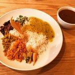 【京都ランチめぐり】身体整うスリランカカレー!国際食豊かな京大スグ「クルンドゥ」