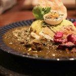 祇園の2毛作スパイスカレー店 「curry & cafe SpiceCheri(スパイスシェリ)」【京都祇園】