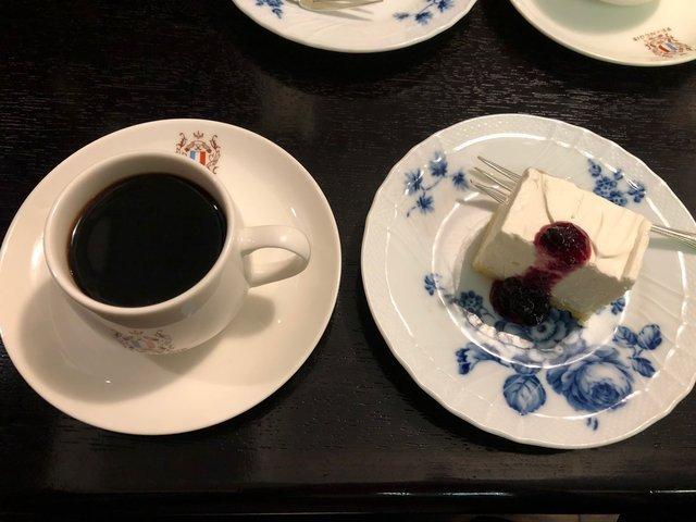 情緒に浸れる『フランソア喫茶室』は文化人も愛した喫茶店
