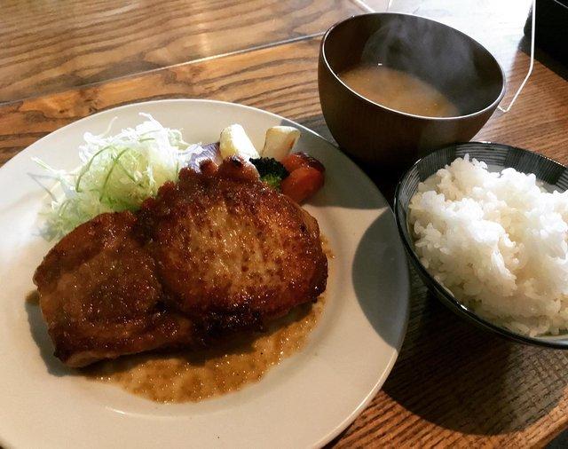 【京都ランチ】噛みしめる塊肉の美味しさを体験してください☆「キッチンごりら」