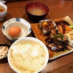 【京都ランチ】ガッツリ&コスパ大で学生にも人気☆朝引き地鶏料理「ちきんはうす」