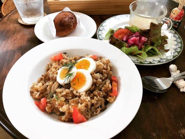 【京都ランチ】心地よい空間のロシア&ジョージア料理!テラス付カフェ「ヨージク」