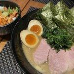 【京都ラーメン】やみつき注意♡ 家系豚骨・濃厚スープがクセになる『セアブラノ神』