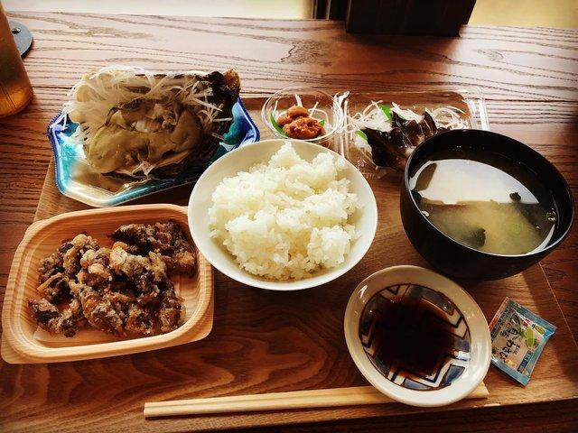 【京都ランチ】海の幸満載☆テイクアウト&カフェ風イートインあり「サカナテラス」