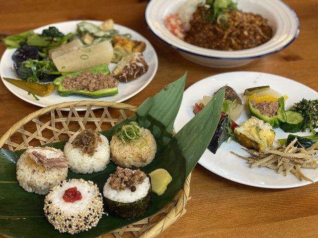 【京都ランチ】大原野菜たっぷりのおばんざいが食べ放題!『大原リバーサイドカフェ来隣』