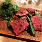 【京都バル】予約必至のワイン豊富な人気バル☆炭火焼ジビエは必食「三本木商店」
