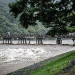 名勝「京都・嵐山」を水害から護る☆「可動式止水壁」が稼働中!