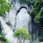 【京都秘境】絶対行くべき!山中の巨岩に彫られた『摩崖仏』と雲海が圧巻「笠置寺」