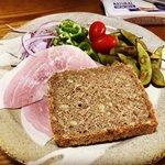 【京都パン】全国お取り寄せファン多数のライ麦パン必食「自家製酵母のパンの店はちはち」