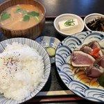 京都御苑近く!名物居酒屋さんで大満足の日替わり定食「おもの里」