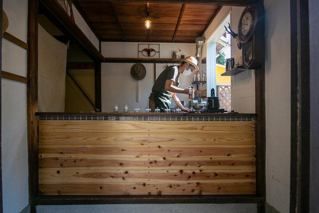 岡崎でホッとひと息☆自家焙煎珈琲「コーヒーとゲストハウス KOBAKO」【京都・岡崎】